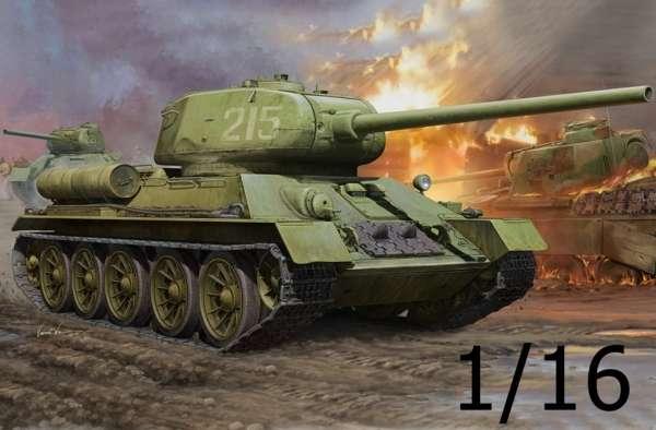 Radziecki średni czołg T-34/85, plastikowy model do sklejania Hobby Boss 82602 w skali 1:16.