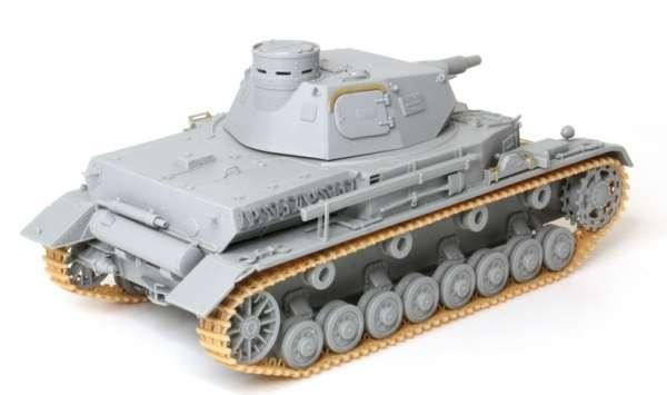 Model_dragon_6816_Panzerkampfwagen_iv_ausf_a_image_4-image_Dragon_6816_3