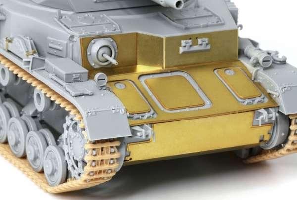 Model_dragon_6816_Panzerkampfwagen_iv_ausf_a_image_3-image_Dragon_6816_3