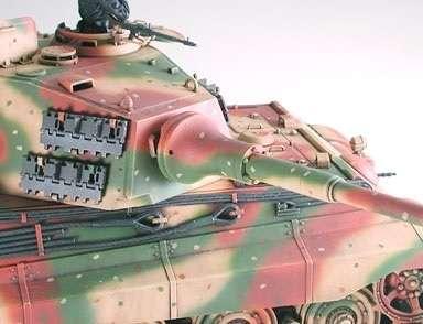 German tank King Tiger model_tamiya_35252_1_35_image_2-image_Tamiya_35252_3