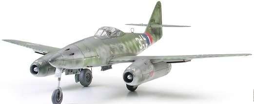 Niemiecki myśliwiec odrzutowy Messerschmitt Me 262 A-1a w skali 1:48, model_tamiya_61087_image_1-image_Tamiya_61087_1