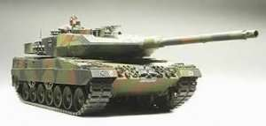 Tamiya 35271 Leopard 2 A6 Main Battle Tank