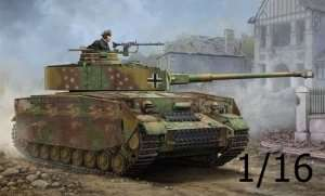 Trumpeter 00921 German Pzkpfw IV Ausf.J Medium Tank