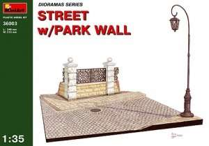 MiniArt 36003 Street With Park Wall
