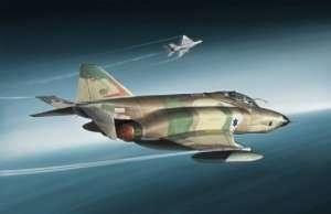 Italeri 2737 RF-4E Phantom II