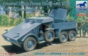Bronco CB35132 Armored Krupp Protze Kfz.69 with 3,7cm Pak 36