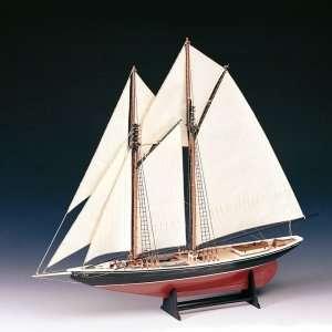 Bluenose - Amati 1447 - drewniany model w skali 1:100