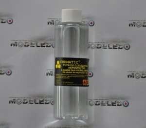 Chematic 004 Płyn do czyszczenia aerografów z farb akrylowych 150 ml