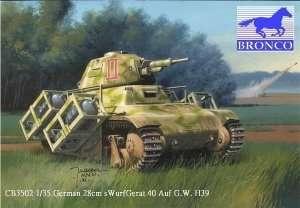 Czołg Hothkiss H38/39 z wyrzutnią 28cm sWurfGerat 40 Bronco 35002