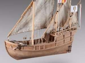 D012 Nina - drewniany model w skali 1-72