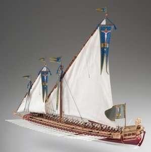 D015 La Real - drewniany model w skali 1-72
