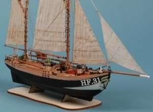D016 Maria HF31 - drewniany model w skali 1-72