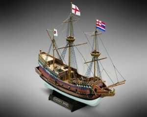 Golden Hind - Mamoli MM71 - drewniany model w skali 1-110