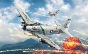 Italeri 2788 Samolot A-1H Skyraider skala 1-48