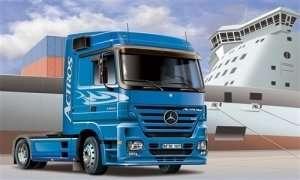 Italeri 3824 Ciężarówka Mercedes Benz Actros 1854 LS (V8)