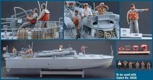Italeri 5611 M.A.S Crew and accessories