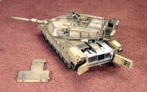 Italeri 6438 M1A1 Abrams