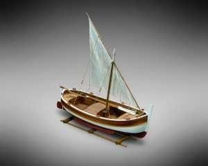 Łódź Gozzo vel - MM07 Mamoli - drewniany model w skali 1-28