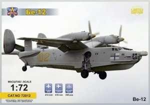 Model samolotu-amfibii Beriev Be-12 Chayka Modelsvit 72012