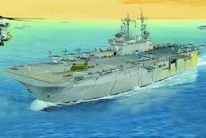 Okręt desantowy USS Wasp LHD-1 Hobby Boss 83402