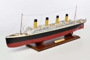 RMS Titanic - Amati 1606 - drewniany model w skali 1:250