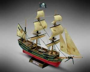 Statek piracki Black Queen - Mamoli MM60 - drewniany model skala 1-135
