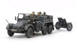 Tamiya 32580 German 6x4 Towing Truck Kfz.69 with 3,7cm Pak