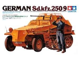 Tamiya 35115 German Sd.Kfz. 250/9