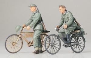 Tamiya 35240 niemieccy żołnierze na rowerach