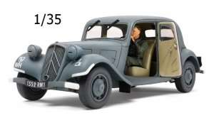 Tamiya 35301 Citroen Traction 11CV Staff Car