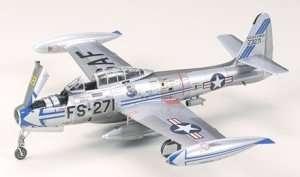 Tamiya 60745 Republic F-84G Thunderjet