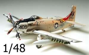 Tamiya 61058 Douglas A-1H Skyraider U.S. Navy