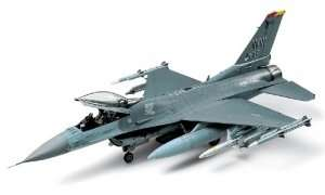 Tamiya 61098 Lockheed Martin F-16 CJ Fighting Falcon