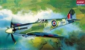 Model Academy 12484 myśliwiec Spitfire Mk.XIVc