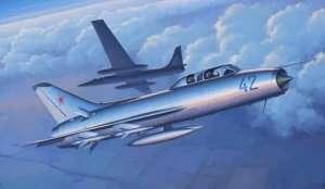 Model myśliwca Su-9U Maiden Trumpeter 02897