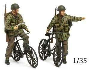 Tamiya 35333 British Paratroopers & Bicycles Set