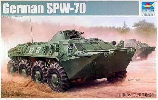 Kołowy transporter opancerzony SPW-70 , plastikowy model do sklejania Trumpeter 01592 w skali 1:35
