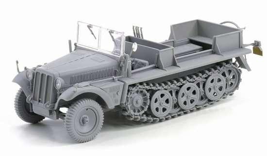 Dragon 6731 Sd.Kfz.10 Ausf.B (1942 Production)