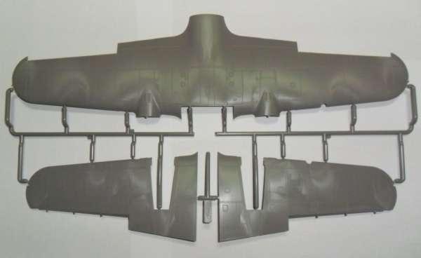 ICM 48242 Do 215B-5 WWII German Night Fighter