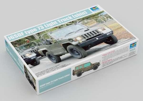 Wojskowy pojazd Jeep typ 73 , plastikowy model do sklejania Trumpeter 05520 w skali 1:35