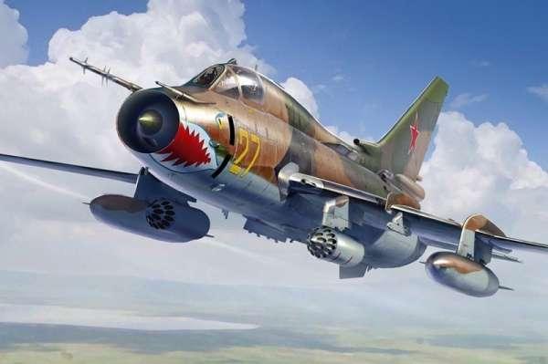 Radziecki samolot myśliwsko-bombowy Su-17M4 Fitter K , plastikowy model do sklejania Hobby Boss 81758 w skali 1:48