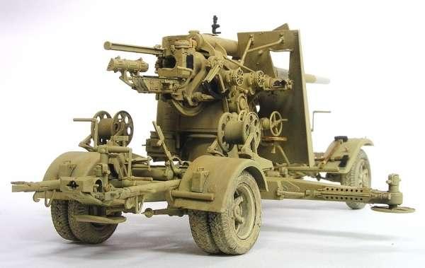 Niemieckie działo przeciwlotnicze 8,8 cm FlaK 18 z przyczepą do transportu, plastikowy model do sklejania AFV Club AF35088 w skali 1:35-image_AFV Club_AF35088_1