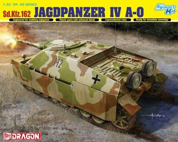Niemiecki niszczyciel czołgów Sd.Kfz.162 Jagdpanzer IV A-0, plastikowy model do sklejania Dragon 6843 w skali 1:35