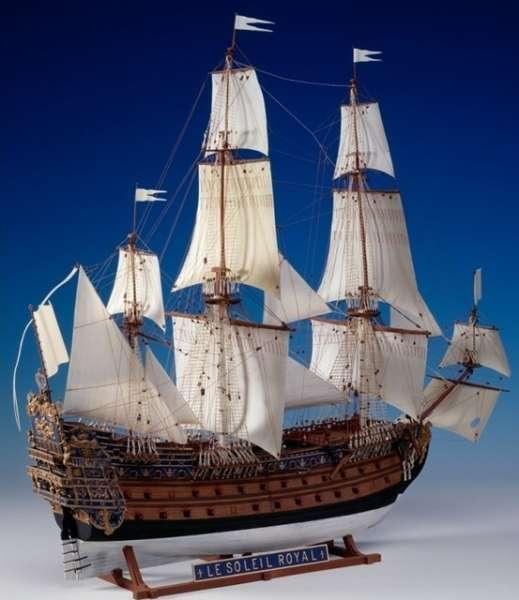 Sklejony model Heller 80899 statku żaglowego Le Soleil Royal w skali 1/100