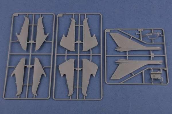 Hobby Boss 81758 Samolot Su-17M4 Fitter K