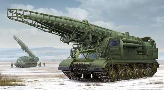 Radziecka wyrzutnia rakiet operacyjno-taktyczna 2P19 z rakietą R-17, plastikowy model do sklejania Trumpeter 01024 w skali 1:35