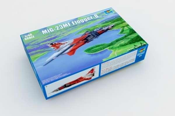Radziecki jednosilnikowy samolot odrzutowy MiG-23MF Flogger B , plastikowy model do sklejania Trumpeter 02854 w skali 1:48
