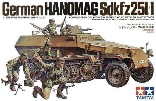 Niemiecki transporter opancerzony Hanomag Sd.Kfz. 251/1, plastikowy model do sklejania Tamiya 35020 w skali 1:35.