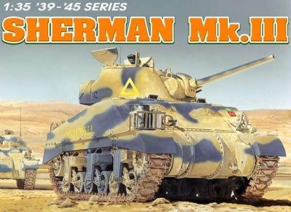 Model amerykańskiego czołgu średniego M4A2 Sherman Mk.III, plastikowy model do sklejania Dragon 6313 w skali 1/35.
