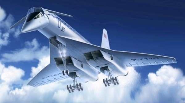 Model radzieckiego naddźwiękowego samolotu pasażerskiego Tupolev Tu-144, plastikowy model ICM 14401 w skali 1/144.
